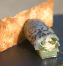 Cannelloni d'huîtres Arcachon Cap Ferret au caviar d'Aquitaine, panini d'huître