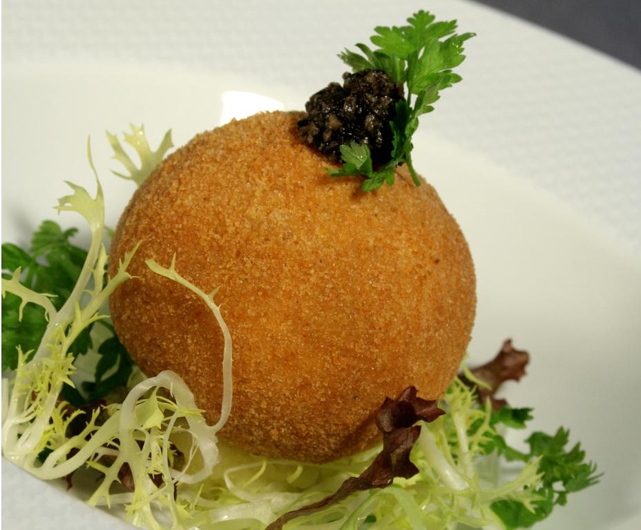 Croustillant de foie gras des Landes et truffes du Périgord