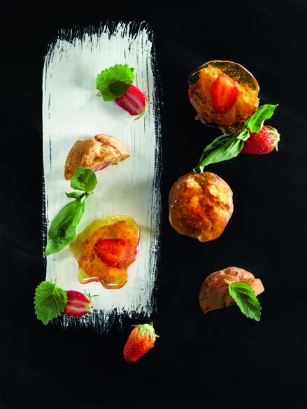 Choux caramel, fraise mara des bois du Périgord, ratatouille