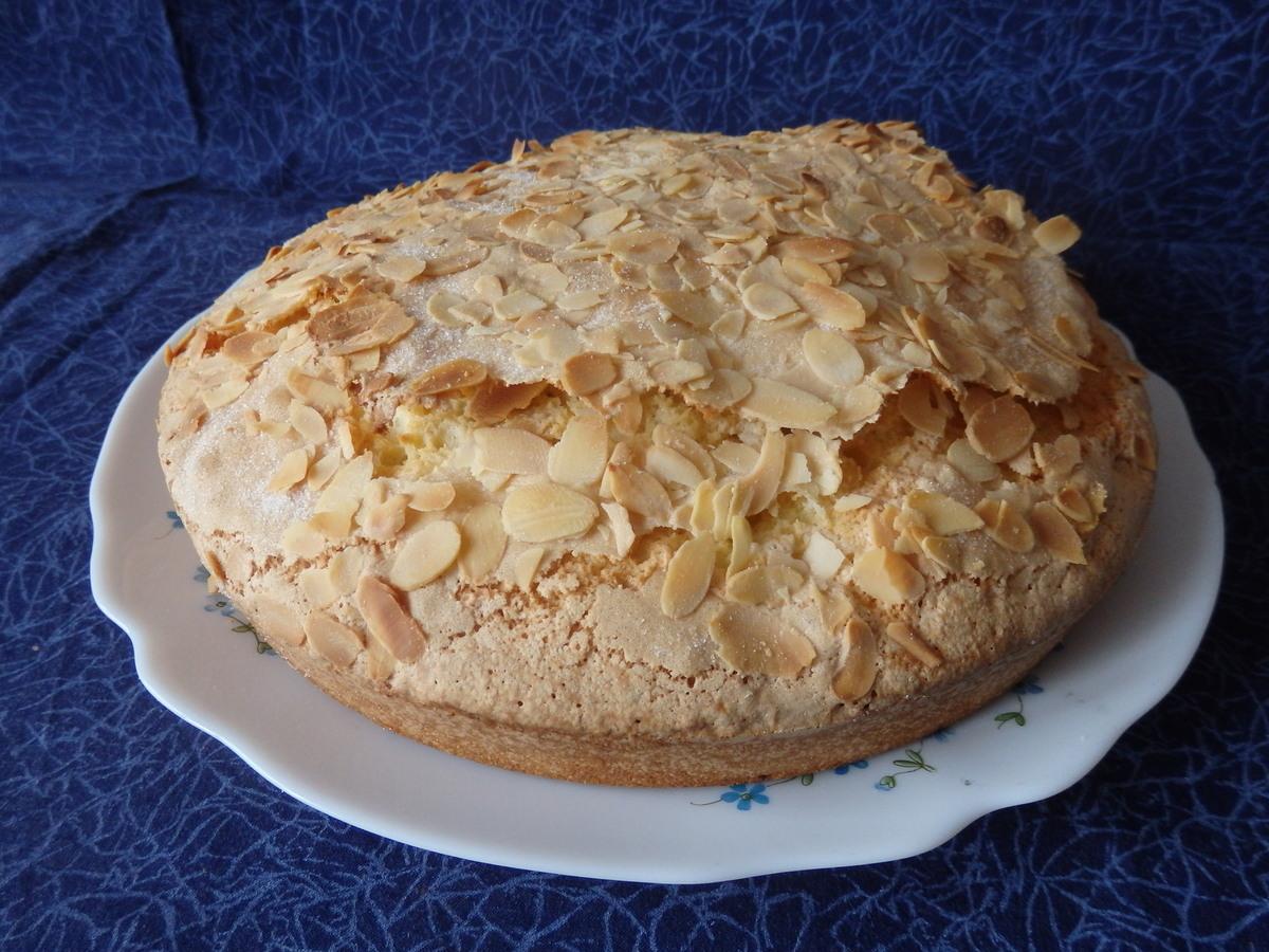 Saintongeais Cake