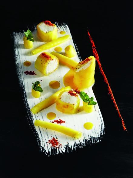 Fraîcheur mangue verte, piment d'Espelette, miel citron, crémeux mozzarella