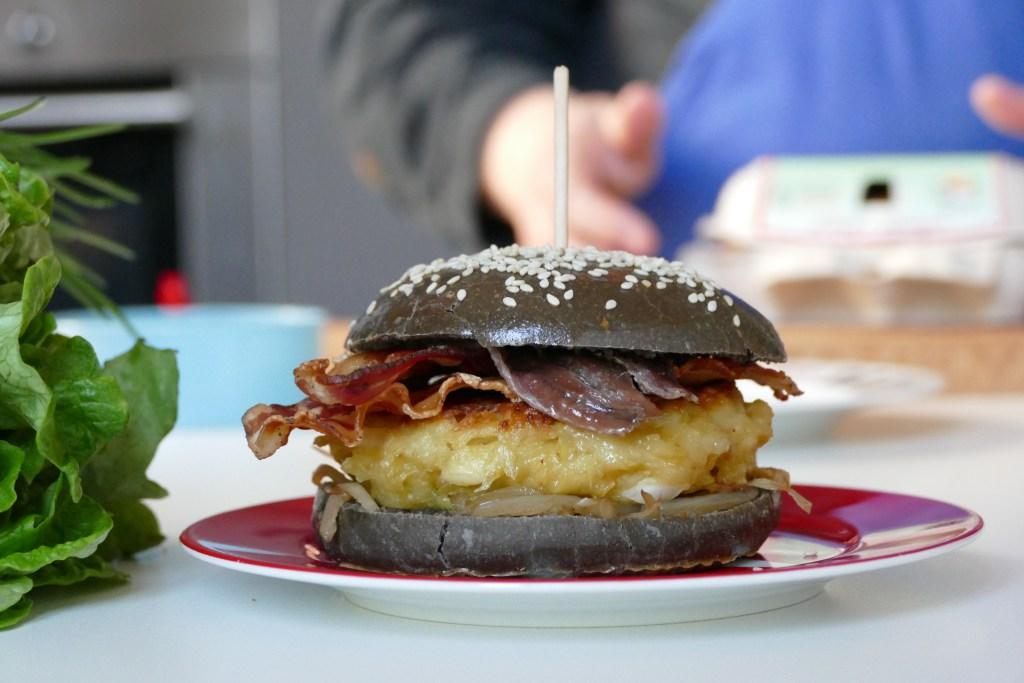 Le burger basque « terre et mer »