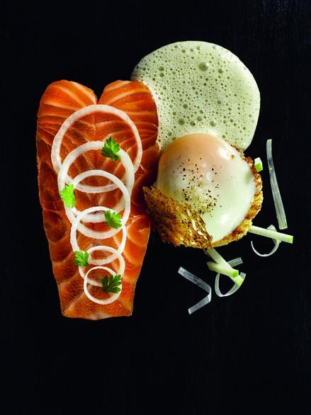 Saumon de l'Adour et œuf de poule fermier cuit très doucement