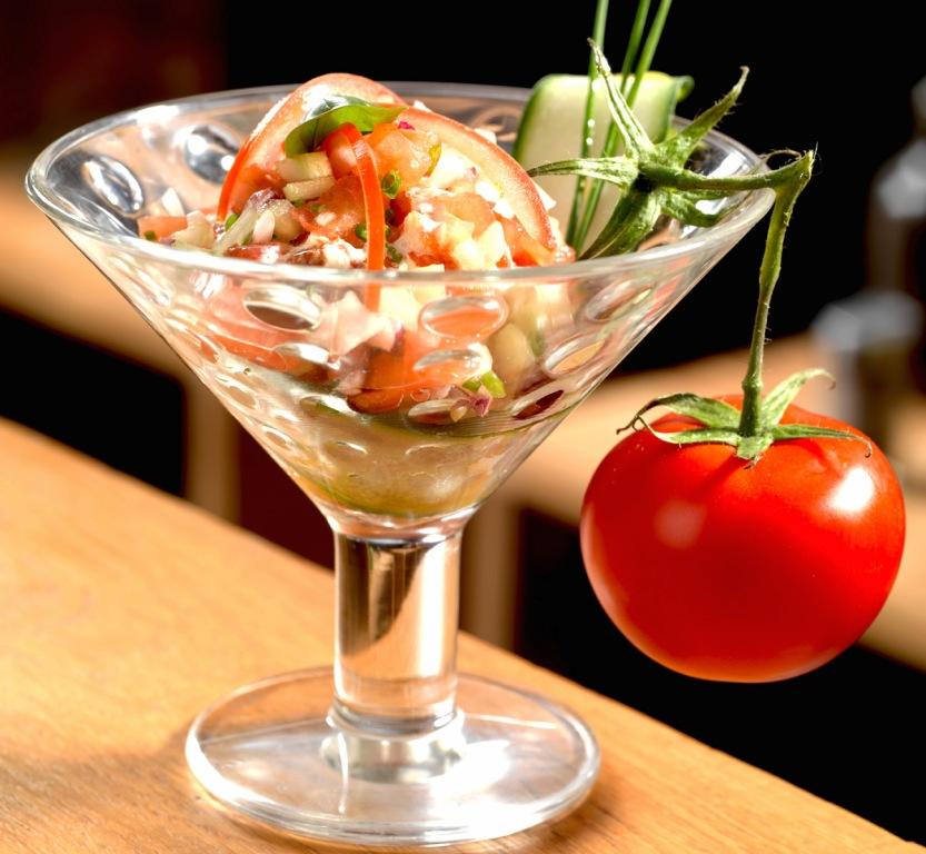 Tartare de Tomate de Marmande en émulsion de basilic